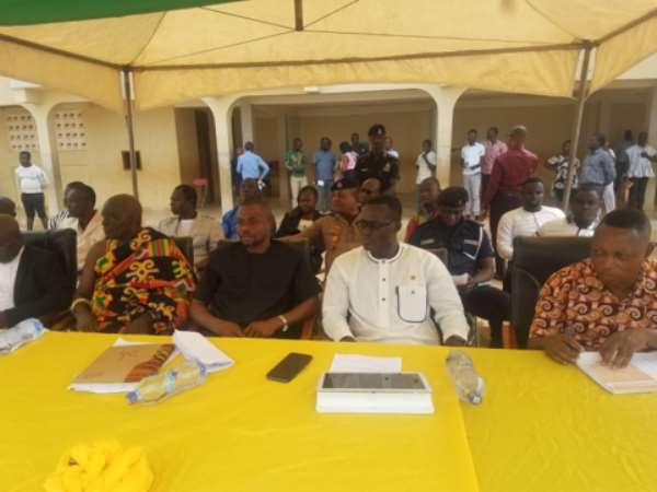 Dignitaries and a cross section of participants at the function