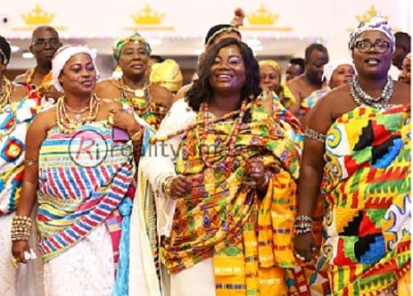 COP Tiwaa Addo-Danquah (2nd right) with royals from Aflao