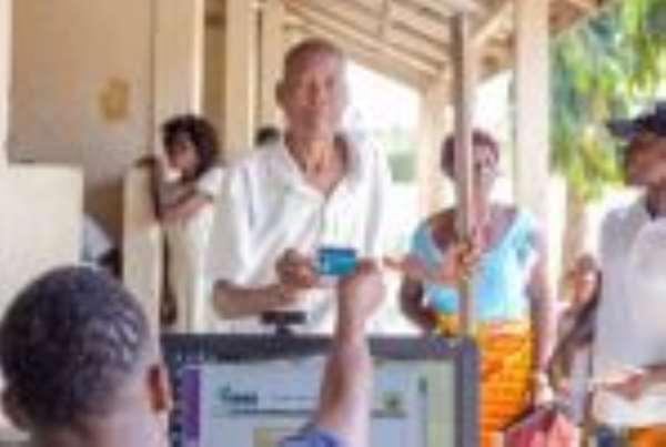Nkosuohene Hold Free NHIS Registration In Suhum Kwahyia