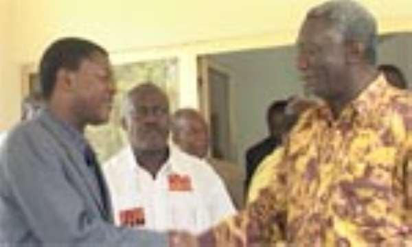 Kufuor Raps Odinga, Kibaki