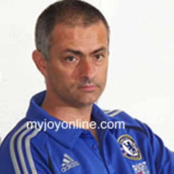 "Mourinho eager to ""kill"" Chelsea"