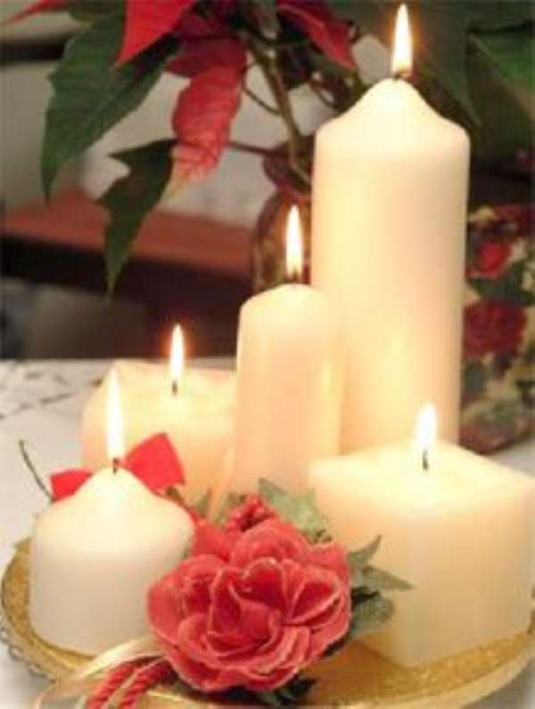 Symbols linked to Christmas -  Candles
