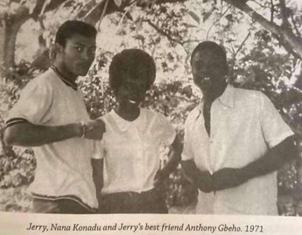 This photo of a young Rawlings and his friends made the rounds of social media after his death