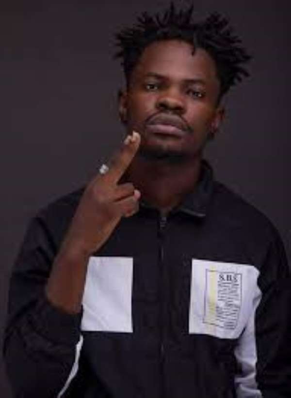 I used To Sleep In Uncompleted Buildings – Fameye