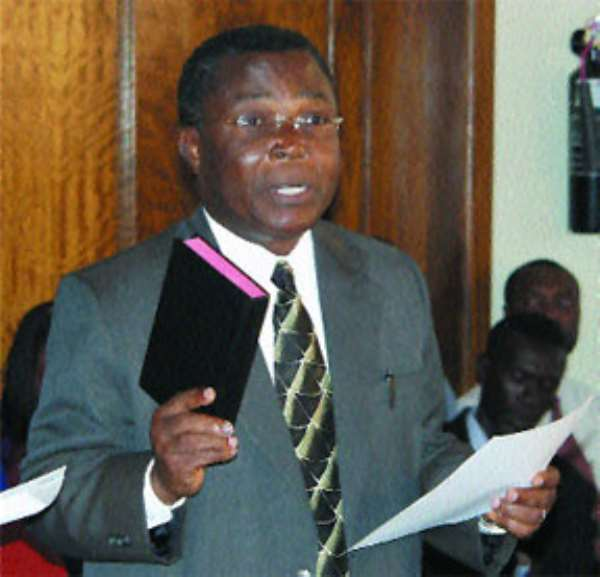 Chief Justice inspects courts in Upper East Region