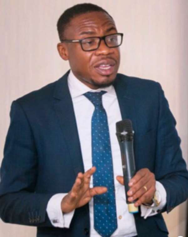 Dr Dacosta Aboagye