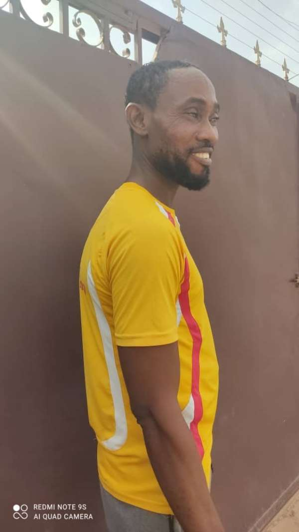Accra: Social Media hails Bolt Driver who returned missing iPhone 11 Pro Max to owner