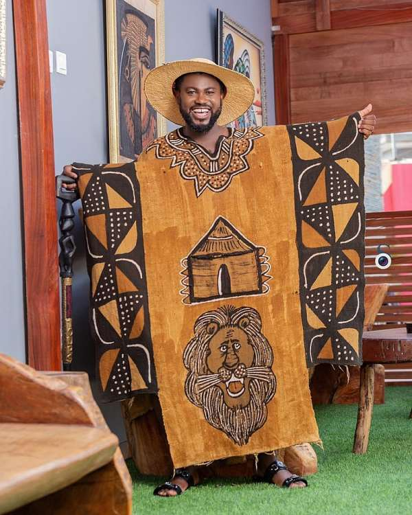 Abeiku Santana: The Stylish Entertainer