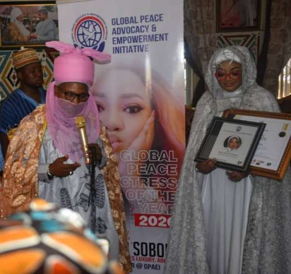 Nigeria Actress Sotayo Sobola Receives Gpaei Actress of The Year, Nominated For Africa Icon Awards