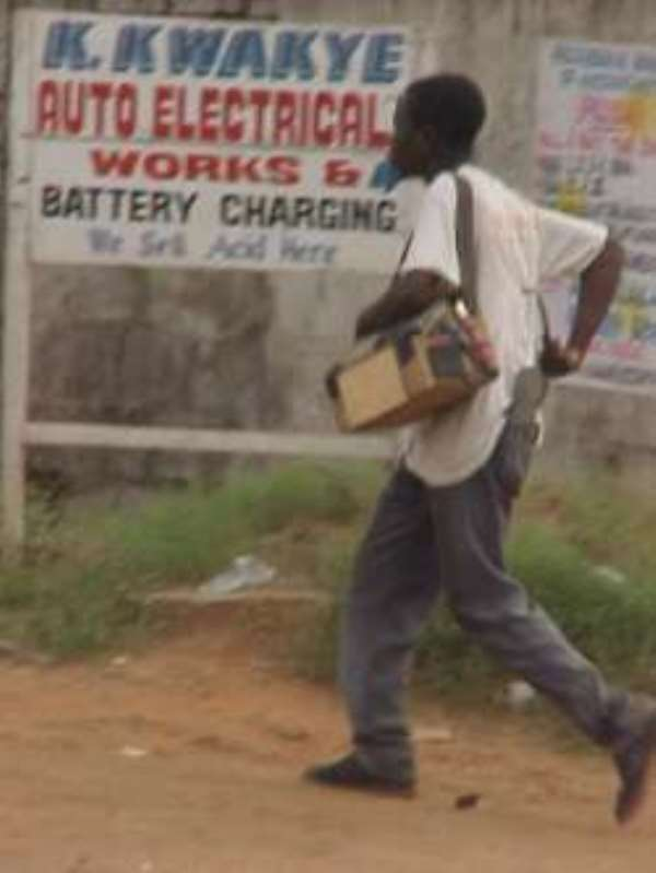 Business of Ghanaian shoeshine boys in SA threatened