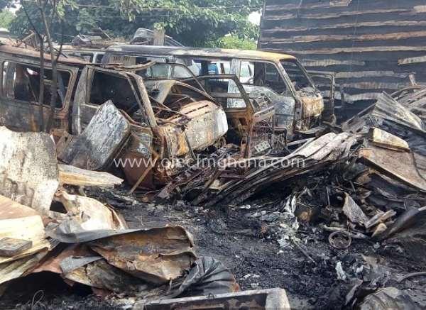 Kumasi: Fire Destroys 12 Cars, 5 Auto Mechanic Shops