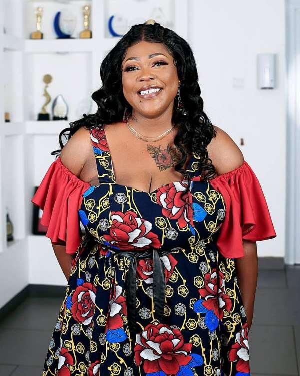 Mona Gucci dumps Kantanka TV, hosts 'Bribi Gyegye Wo' on Onua TV starting today