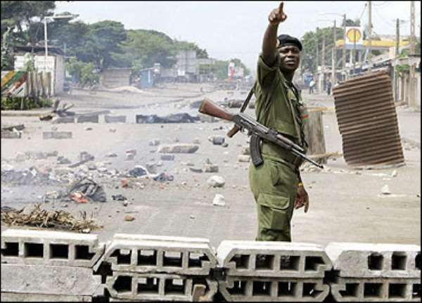 Togolese soldiers fire across border