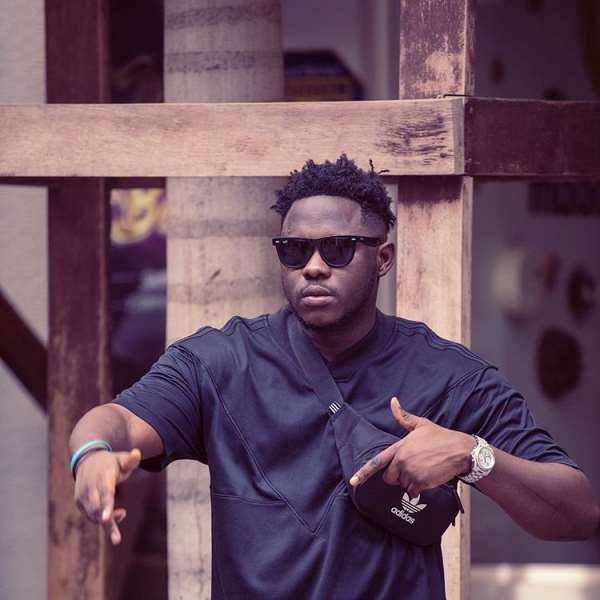Rapper Medikal says he was drunk and didn't notice when Fela Makafui fainted at their wedding