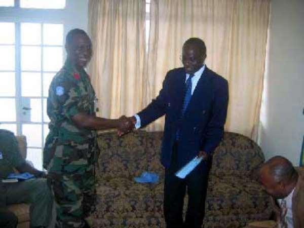 Freetown-Ghanabatt 9 Donates To Dollar Fund