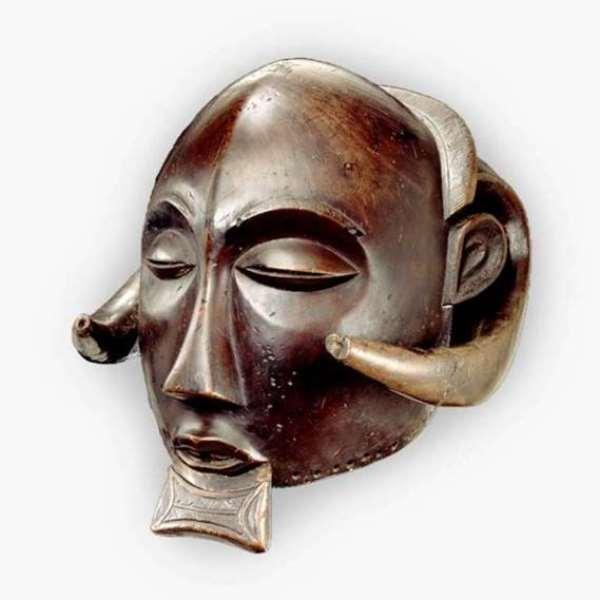 Mask, Luba, Democratic Republic of Congo, now in Africa Museum, Tervuren, Belgium.