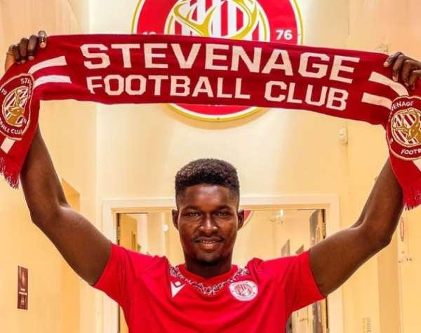 Goalkeeper Joseph Anang joins Stevenage FC on loan from West Ham United