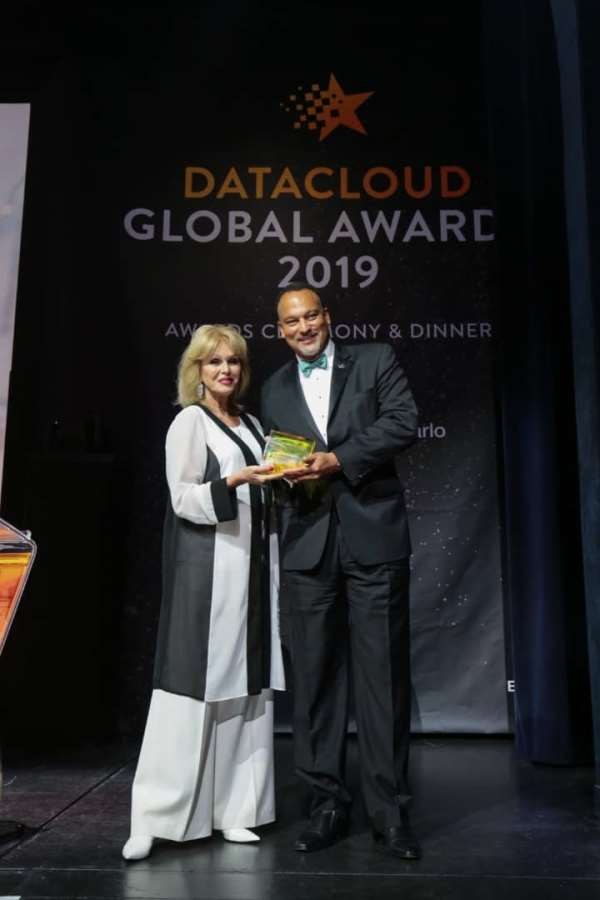 Rack Centre Wins DataCloud Regional Data Centre Excellence Award For Middle East, Africa