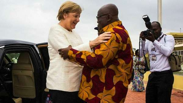 The Ghanaian leader, Akufo Addo, welcomes Angela Merkel in Ghana for business which profits are never used in the country