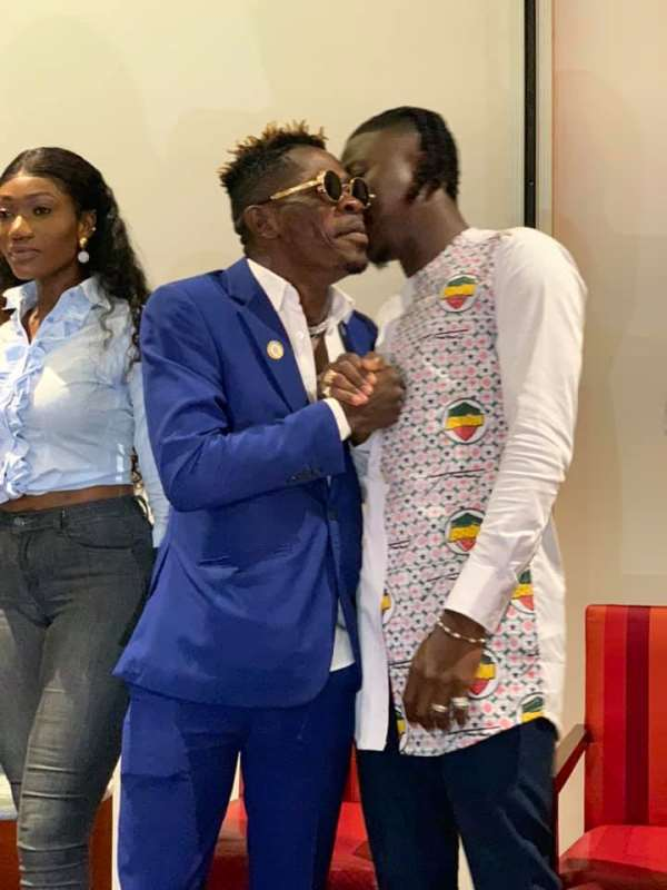 Is Shatta Wale, Stonebwoy Gossiping About Wendy Shay?