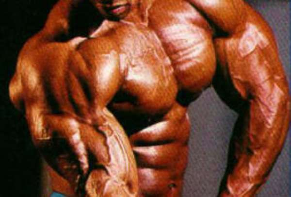 Unknown Dennis wins 2005 MuscleMania