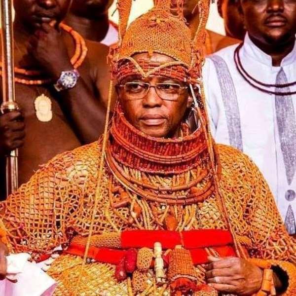 Oba of Benin, Ewuare II, Benin Royal family.