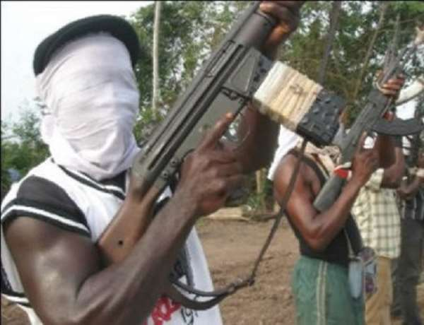 Robbers Attack, Shoot Chief Imam's Lawyer, 30 Others