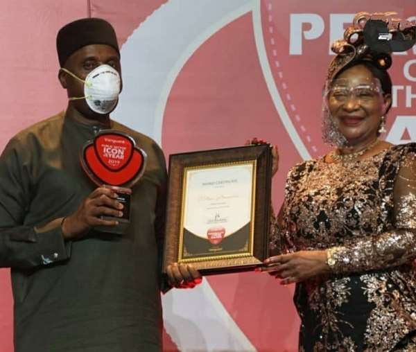 APC hails award winning Transport Minister