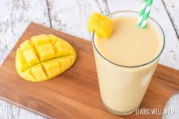 Coconut-Mango Smoothie For  A Refreshing Start!