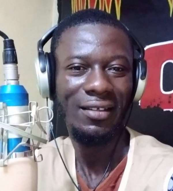 Liberian Drug Enforcement Agency officers recently attacked and detained journalist Max M. Richards Jr. (Photo: Richards Jr.)