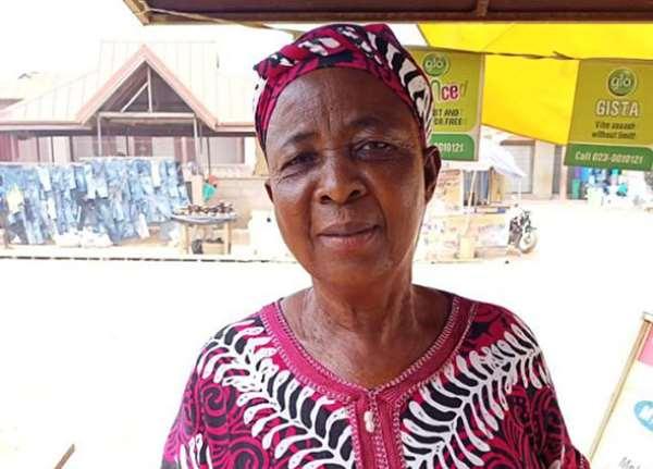Queen mother, Nana Abena Gyapah III