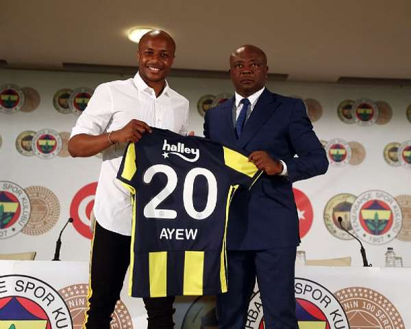 Andre Ayew Completes Fenerbahçe S.K. Switch; This Is How Ghanaian Football Fans Reacted