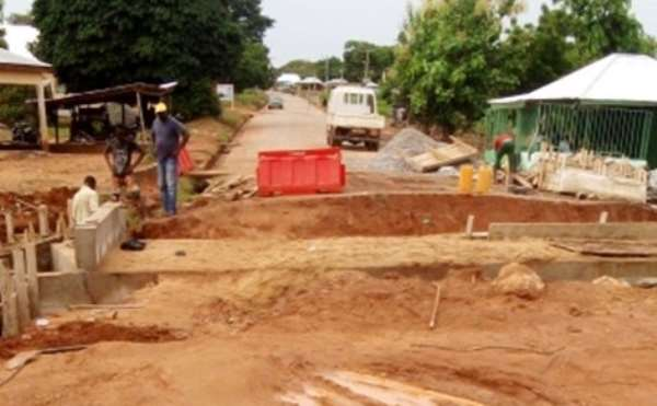 Modernghana get results: Construction work begins on Damongo-Canteen caved in culvert in West Gonja