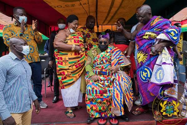 Covid-19 fighter Akufo-Addo wins chieftaincy title 'Okogyeaman,' 'Odomankoma' in Bono Region