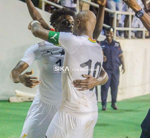 Kudus Mohammed and Andre Ayew during 2021 Africa Cup of Nations (Afcon) qualifiers against South Africa at the Cape Coast Stadium