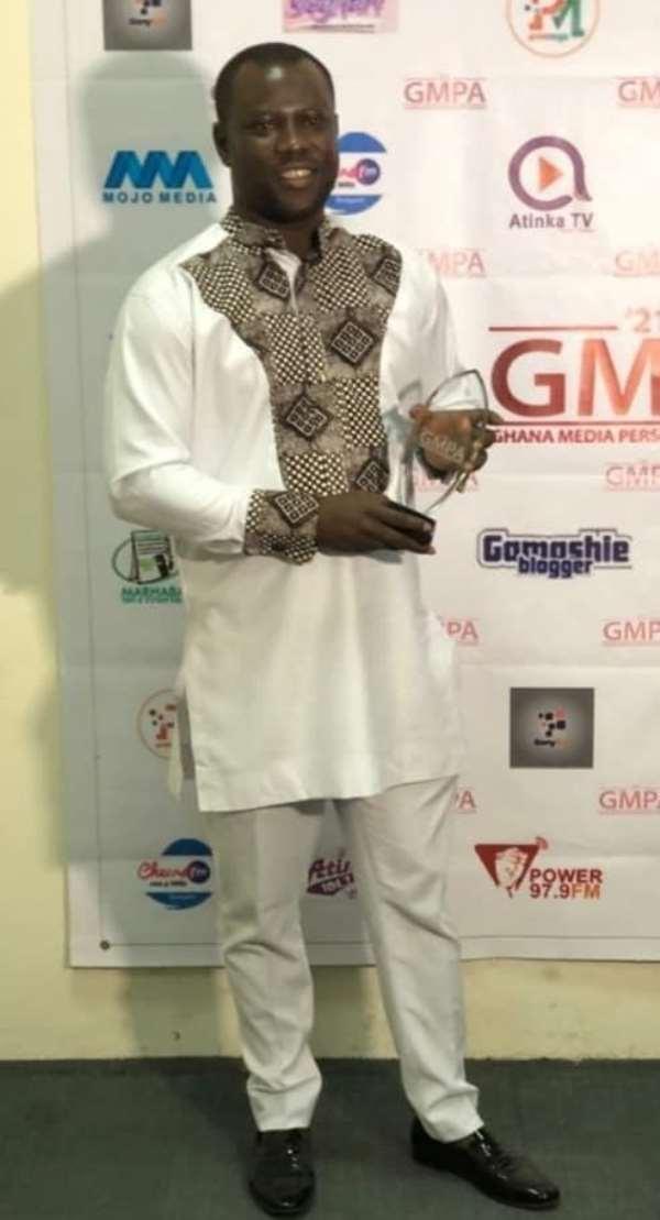 Kasapa FM's Bonohene Baffuor Awuah grabs award at the Ghana Media Personality Awards