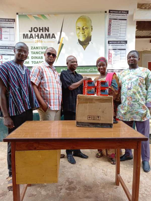 NDC Northern Region Receives 50 Mobile Phones From Dr Sa-ad Iddrisu