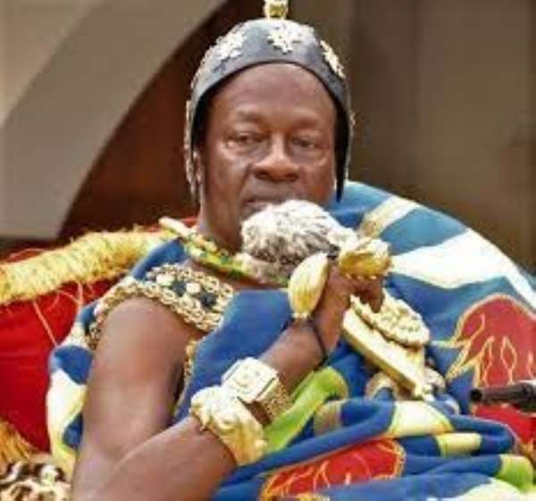 Trouble in New Juaben as Omanhene invokes curses over bribe allegations