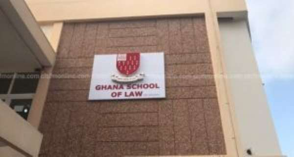 Supplementary Law School Entrance Exams 'Unconstitutional'