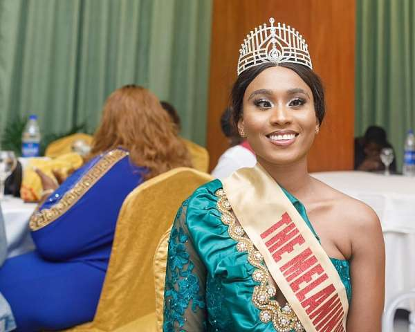 Queen Faith Ajayi wins Icon Noble Awards Influential beauty queen ofthe year