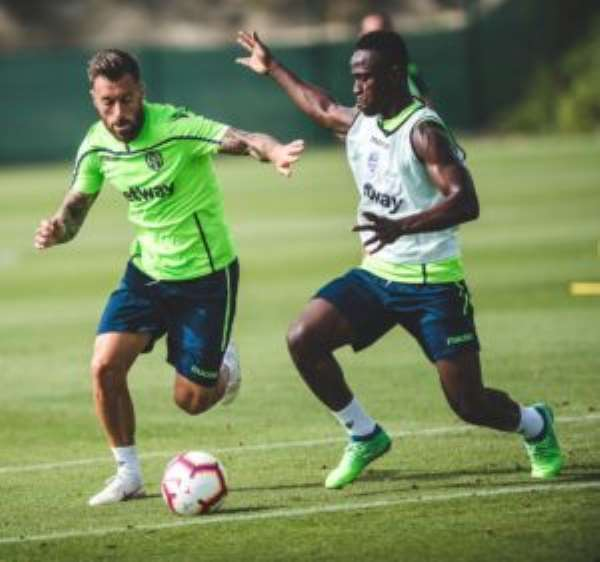 Emmanuel Boateng Resumes UD Levante Training After Injury Recovery