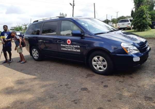 Akropong Akwapim Health Clinic gets shuttle vehicle