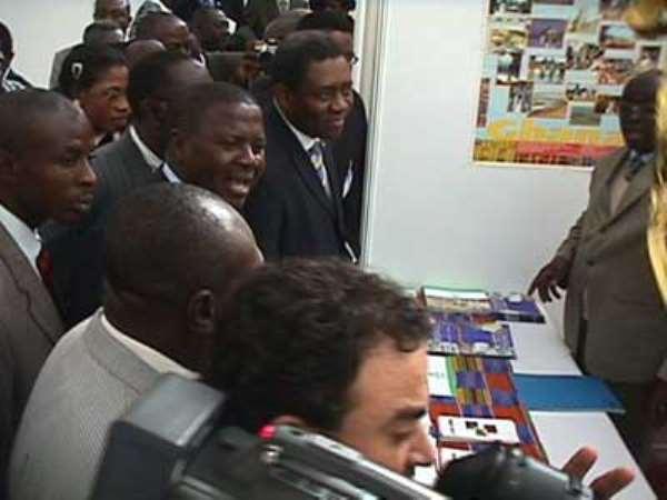 Veep Opens Ghana EXPO2003 In London