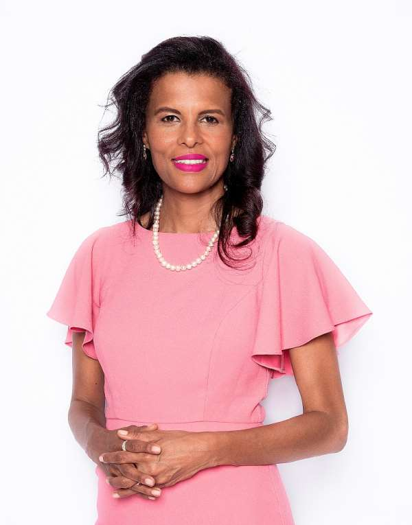 Interview With Author And Businesswoman Jesmane Boggenpoel
