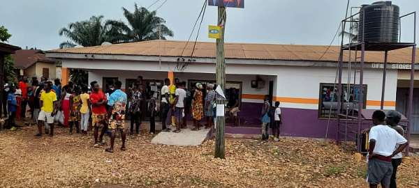 E/R: Suspected robber shot dead in failed bank robbery