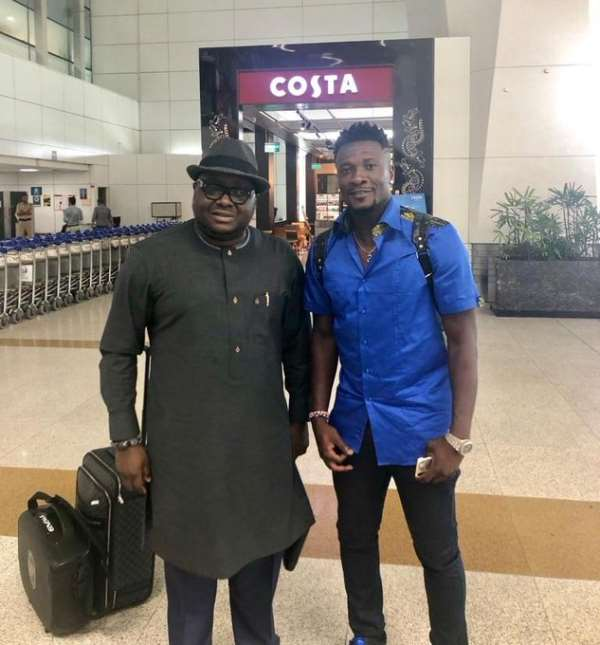 Asamoah Gyan Arrives In India To Complete NorthEast United FC Move