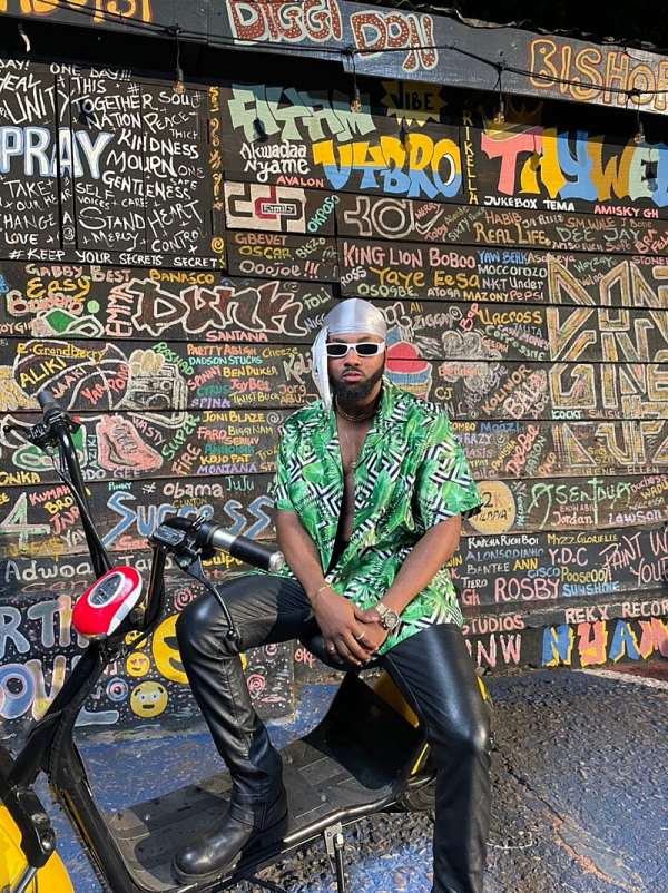 No Devil! Popular musician Nanky shows how it's done with the Ampiano way with latest banger