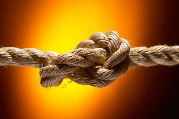 Man found dead tied to electric pole at Teshie