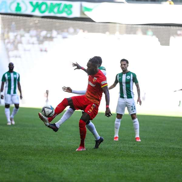 Ghana midfielder Joseph Attamah Lawerh on target for Kayserispor against Giresunspor