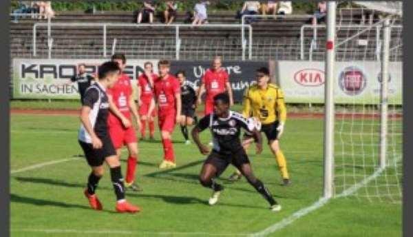Ghanaian teen striker Eugene Ofosu-Ayeh scores for Erkenschwick  in 2-1 home defeat to  SV Lippstadt in German lower division